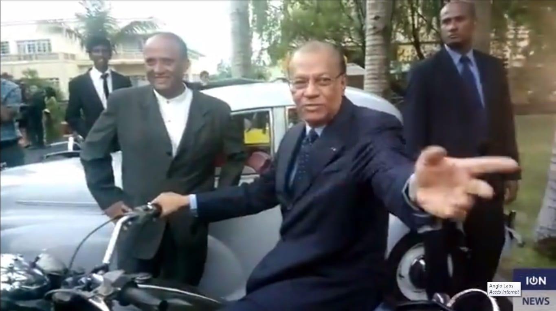 Vidéo – Ramgoolam : « Kumsa mem mo pou anter lopozision »