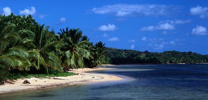 Mauritius and Comoros enter agreement to boost economic cooperation