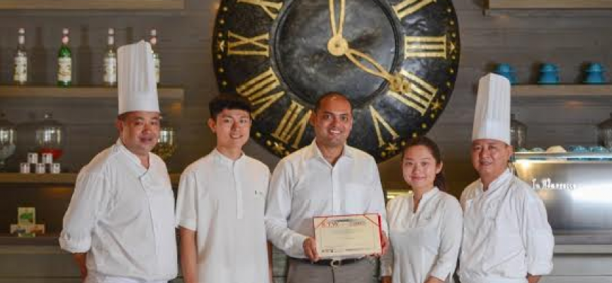 Lux* Resorts bags gold for services at Chinese Tourist Welcome Awards