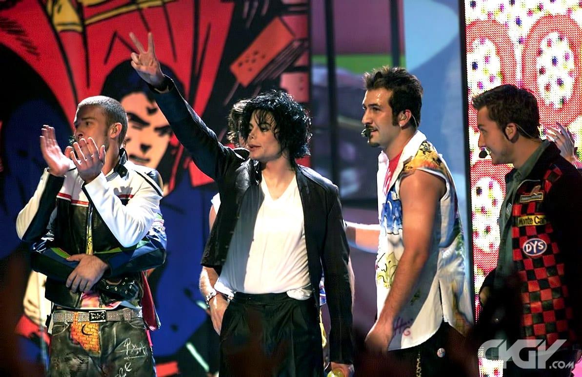 [Vidéo] Entre Michael Jackson et Justin Timberlake, 'Love never felt so good'!