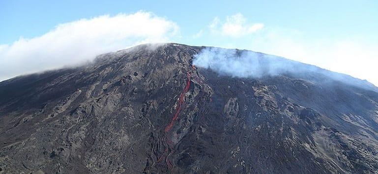 La Réunion: Un avion touristique s'écrase à la Fournaise