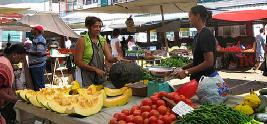 Mauritius year-on-year inflation rate drops to 3.3% in June 2014