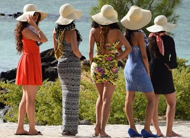 [Video] No girls for Bollywood 'Calendar Girls' shoot in Mauritius