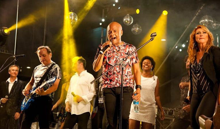 [Vidéo] La Party 80 bat son plein à Grand-Baie La Croisette