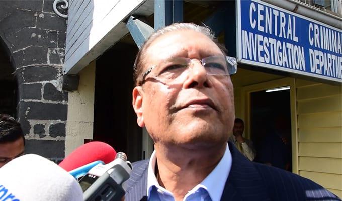 [Vidéo] Kailash Purryag dit avoir été mis en face d'allégations «absolument farfelues»