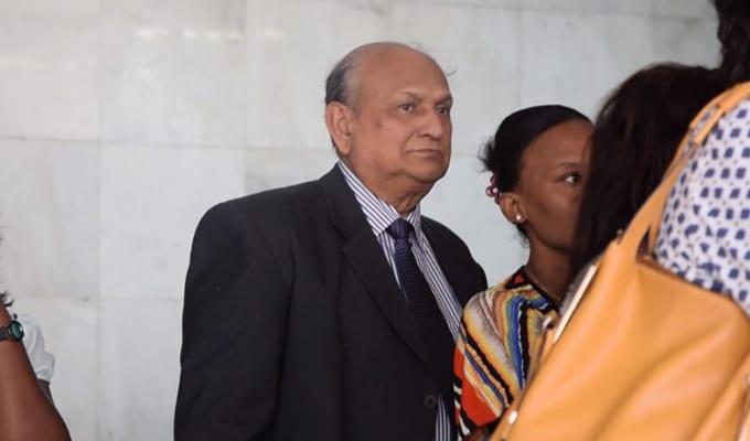 [Vidéo] L'ICAC jure son affidavit en Cour suprême pour répondre à Satyajit Boolell