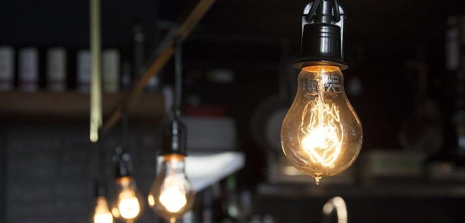 Covid-19 et couvre-feu : L'électricité baisse de 20% pour les familles vulnérables [vidéo]