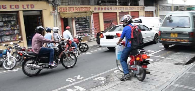 Renouvellement de 'learner's license' pour moto : Délai étendu au 12 janvier 2022