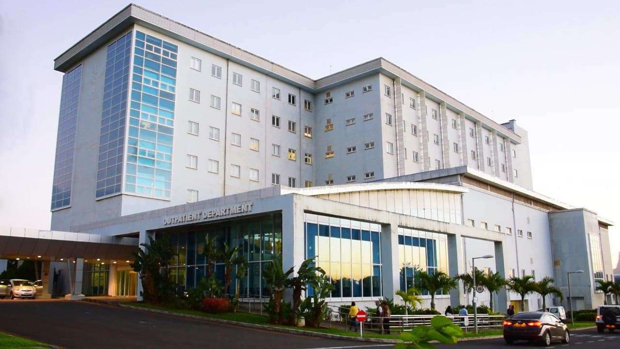 Covid-19 : Une partie des patients de l'hôpital ENT transférés à ...