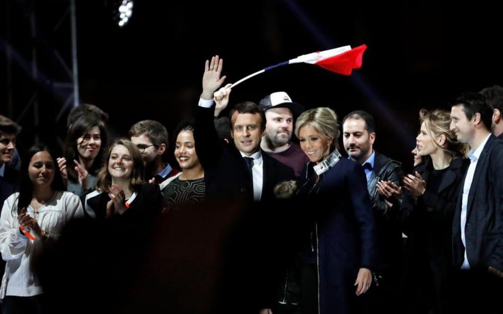 Discours d'Emmanuel Macron : restrictions des déplacements assouplies, réouverture des petits commerces… les principales annonces