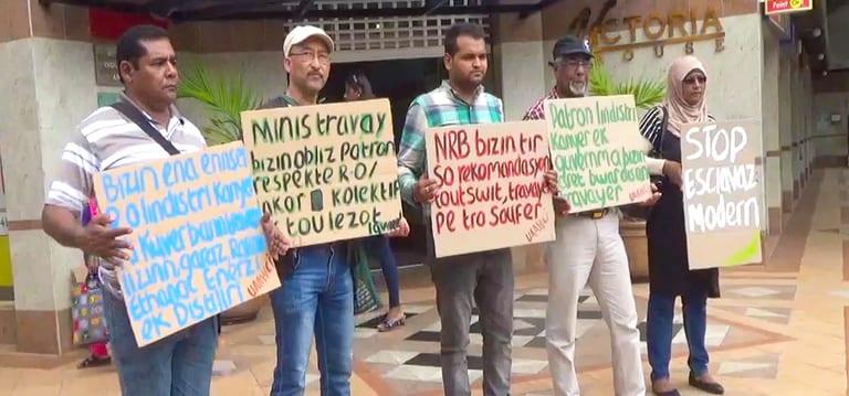 [Vidéo] Les syndicalistes manifestent contre le manque d'implication de Callichurn