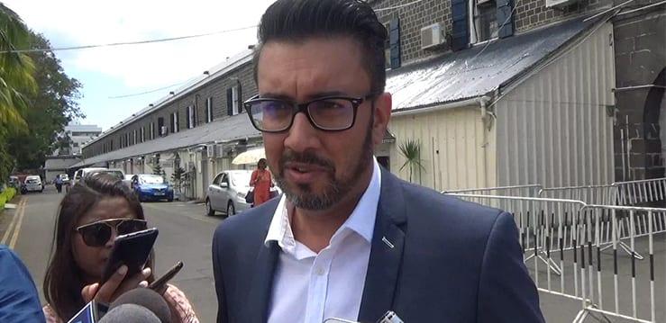 [Vidéo] L'affidavit d'Abdool Rahim fidèle à ses dires à Shakeel Mohamed avant de le jurer