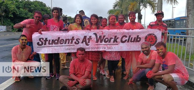 [Vidéo] Holi, la fête des couleurs célébrée par les étudiants de l'UoM
