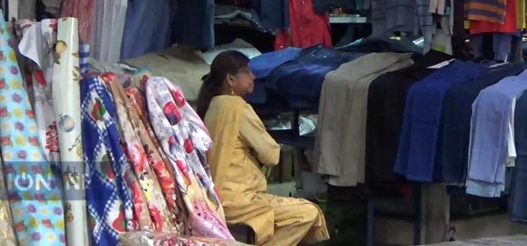 Fêtes de fin d'année : Les marchands ambulants de la capitale pourront travailler jusqu'à 23 h