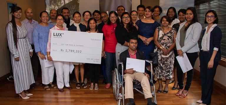 LUX* offre Rs 2,8 millions à une dizaine d'ONG dans le cadre de sa stratégie «Ray of Light»