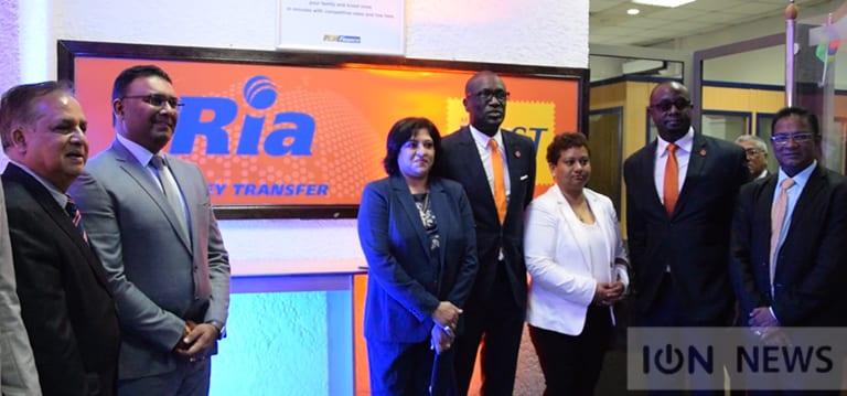 [Vidéo] La Mauritius Post se lance dans le transfert d'argent