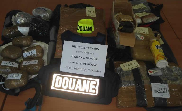 Trafic de drogue Madagascar-Réunion Maurice: un nouveau suspect arrêté à l'île sœur