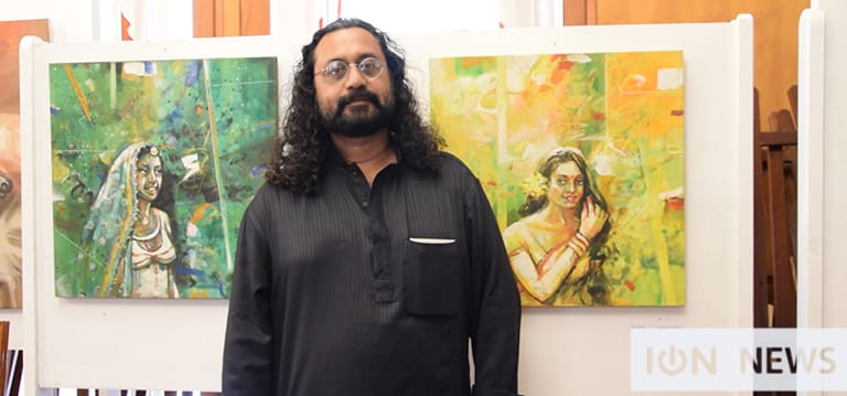 [Vidéo] L'artiste bangladais Maksudul Ahsan expose ses œuvres à Port-Louis