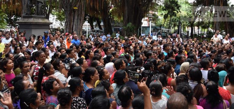 [Vidéo] Fermeture de l'usine Palmar : les ex-salariés menacent de descendre dans la rue