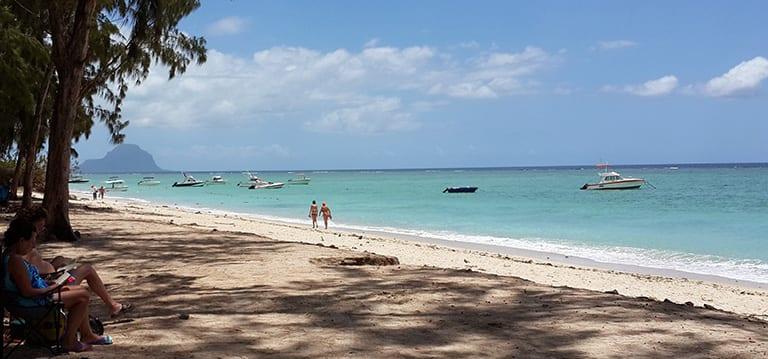 Le passeur espagnol dit avoir dissimulé de l'héroïne sur la plage de Flic-en-Flac