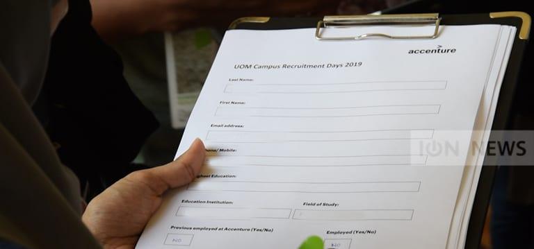 [Vidéo] Job Fair à l'UoM : Emplois et stages dans divers secteurs aux jeunes diplômés