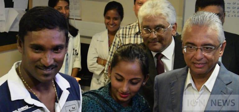 [Vidéo] Quadruplés : Le gouvernement offre Rs 200 000 aux parents