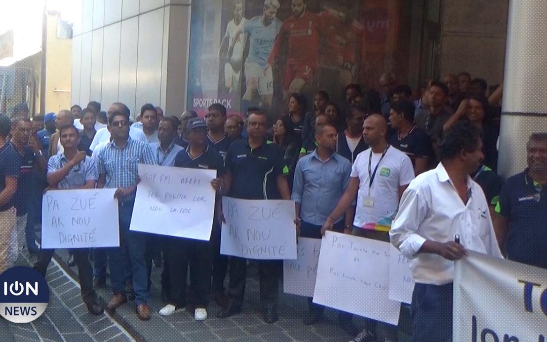 [Vidéo] Mauritius Telecom : Le personnel manifeste contre les attaques visant son CEO