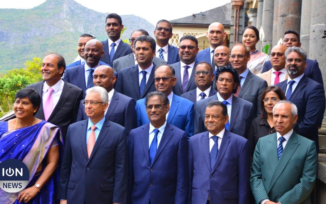 [Vidéo] Les 24 ministres du gouvernement Jugnauth II prêtent serment