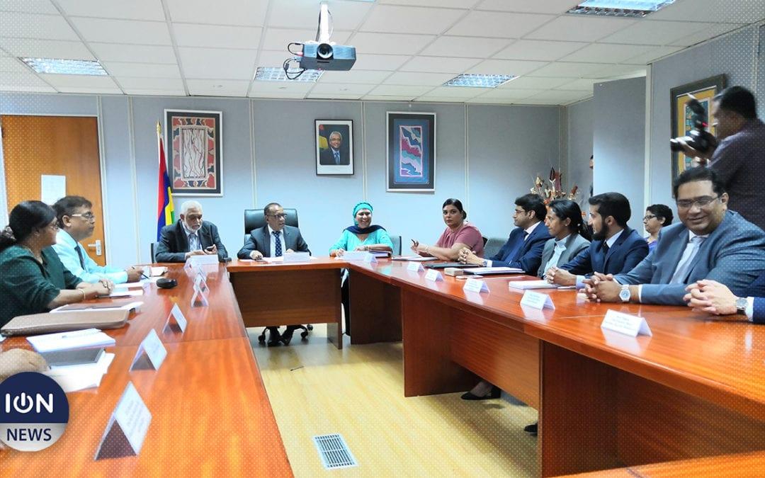 [Vidéo] Bholah rencontre le secteur privé et promet son soutien à l'effort industriel