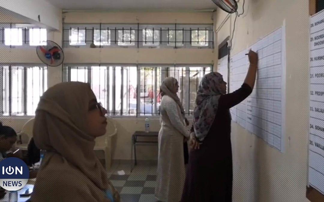 [Vidéo] Port-Louis Maritime/Est : Le décompte des bulletins a commencé à l'école Jean Lebrun