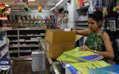 [Vidéo] Manuels scolaires gratuits : La triste fin d'année des libraires