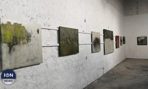 [Vidéo] Exposition: «A sense of place», les pérégrinations en couleurs de Maryann Maingard