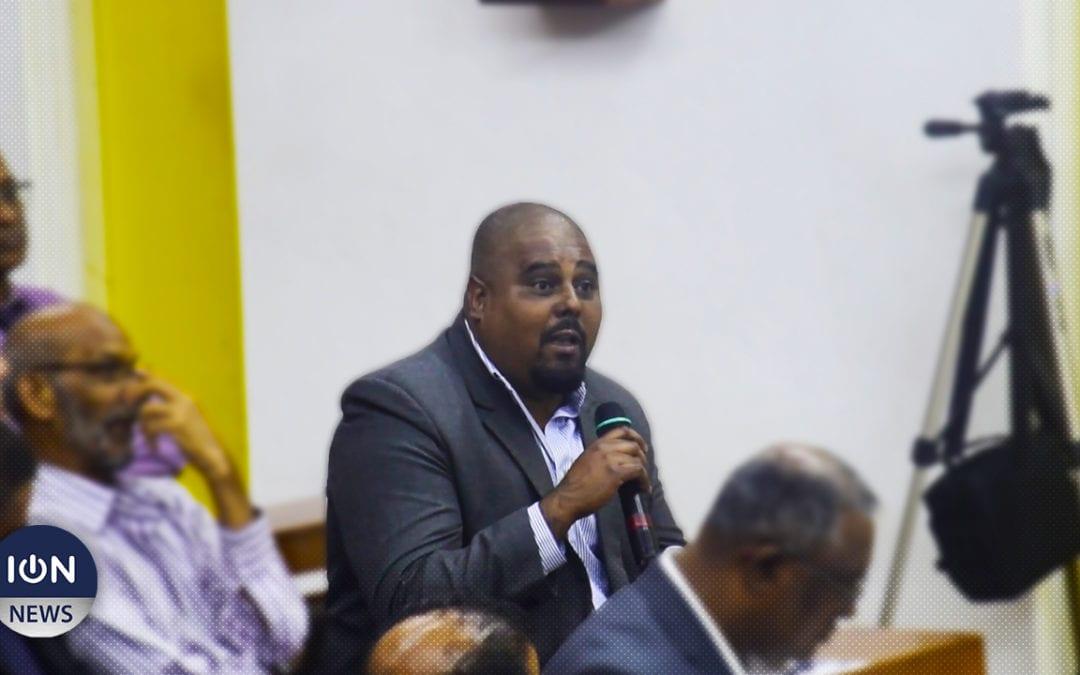 [Vidéo] Le maire de Quatre-Bornes raconte les origines banales de la corruption