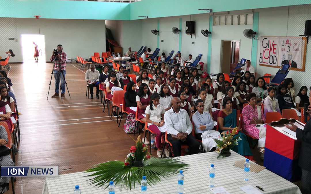 [Vidéo] Les élèves du collège Dr Maurice Curé s'engagent au don de sang