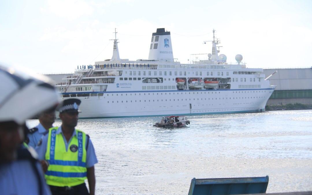 Des agences de l'Onu prennent position en faveur des employés de l'aviation et de la marine