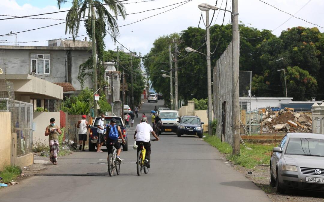 Covid-19 : Duval appelle à augmenter l'amende pour violation du couvre-feu total