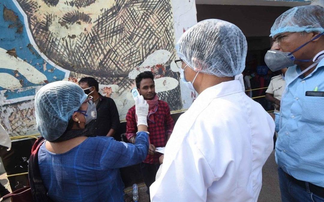 Covid-19 : Le personnel médical victime de stigmatisation en Inde