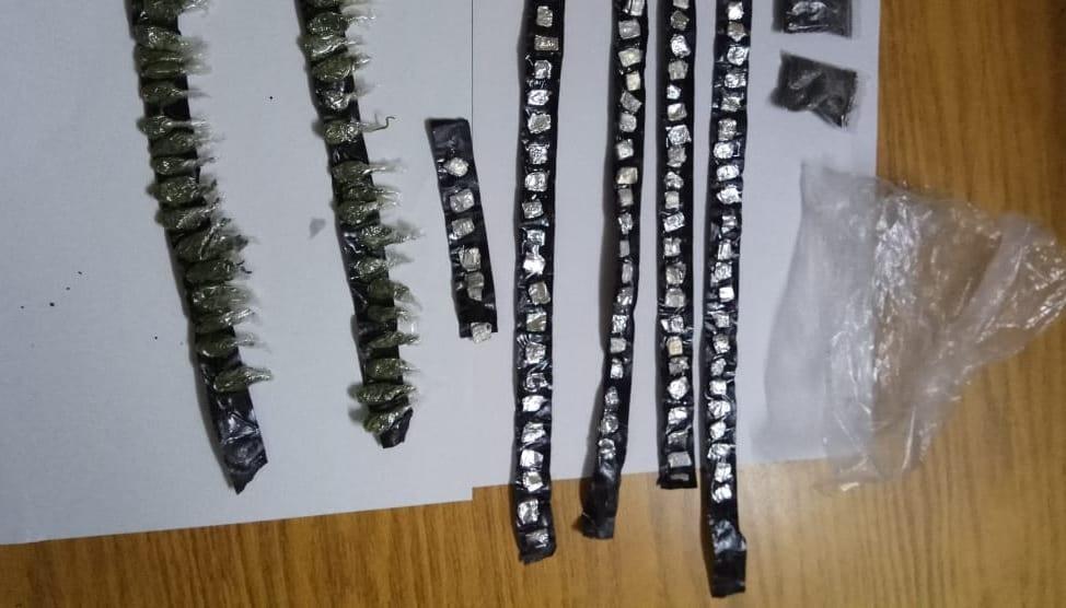 Plus de 100 doses de drogue synthétique saisies à Camp-Levieux en plein couvre-feu