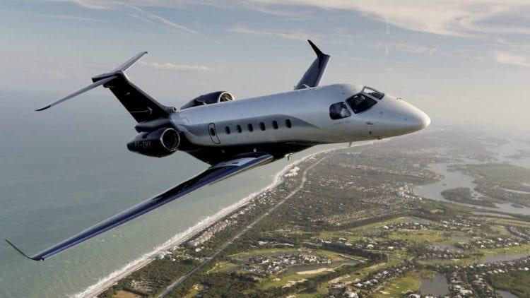 France : Arrivés en jet privé pour des vacances en Côte d'Azur, ils sont refoulés par la police
