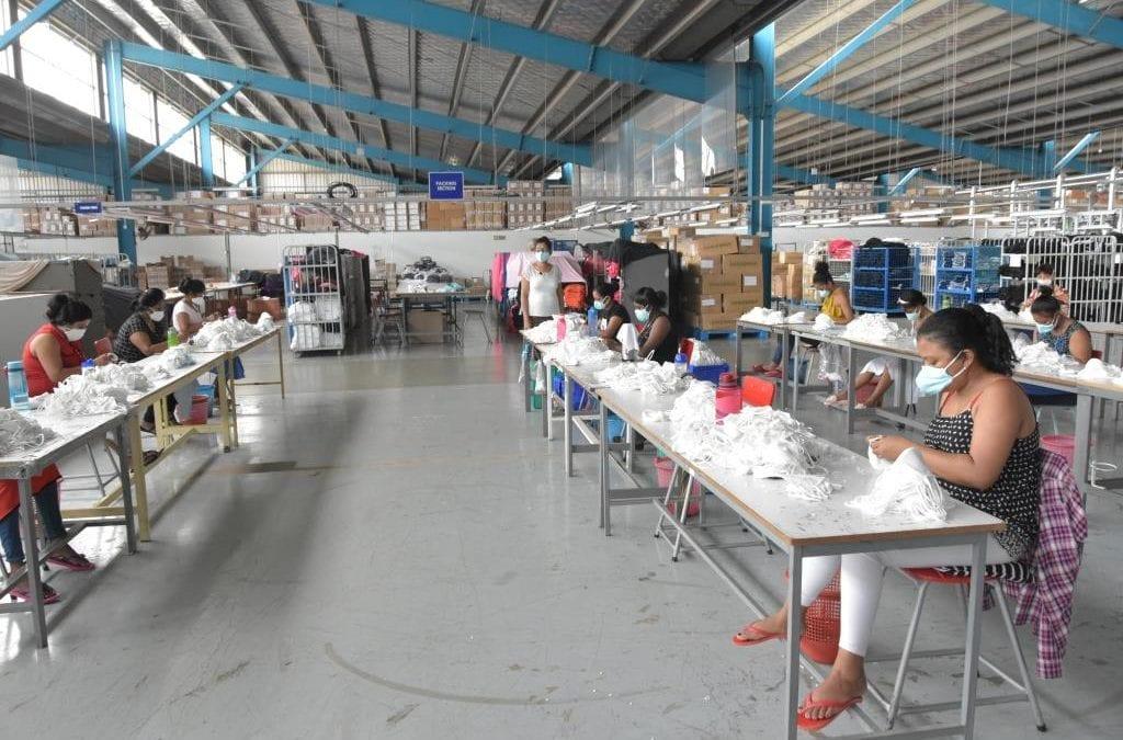 Les masques en tissu des industriels mauriciens en vente dans les pharmacies et commerces