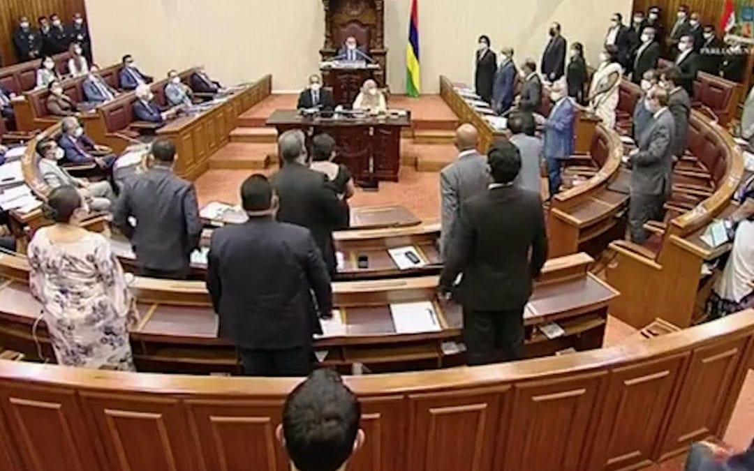 [Vidéo] Le Covid-19 Bill et le Quarantine Bill votés, le Parlement se réunit le 4 juin pour le budget