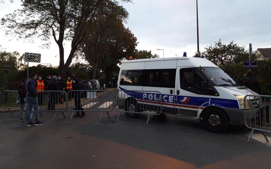 [France] Yvelines – Val-d'Oise : un professeur retrouvé décapité, un suspect abattu