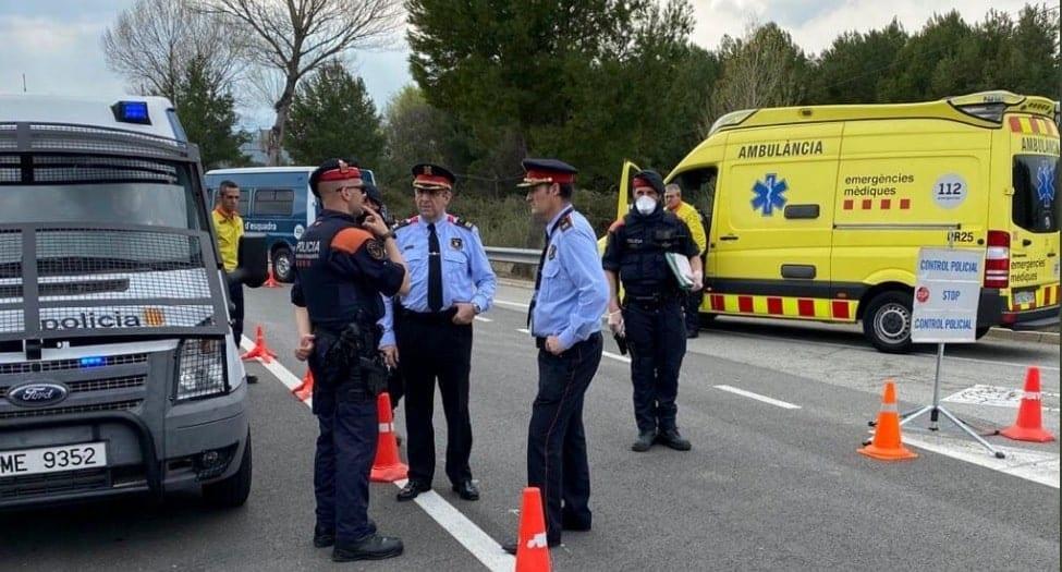 Covid-19 : couvre-feu national et état d'urgence en Espagne, l'Italie ferme les cinémas et les théâtres