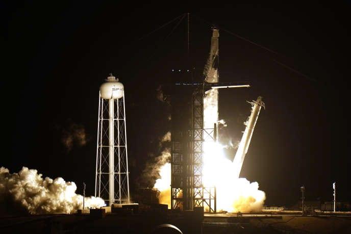 [Monde] Une fusée SpaceX en route vers la Station spatiale internationale