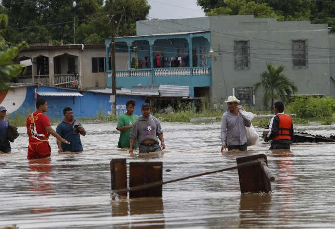 [Monde] Ouragan Iota : au moins 44 morts en Amérique centrale, les opérations de secours continuent