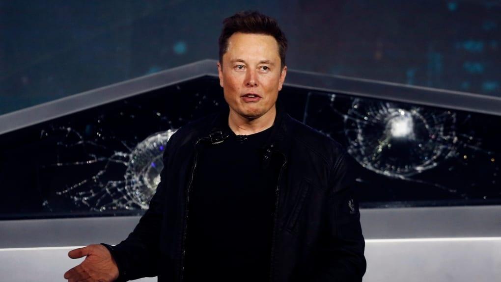 Elon Musk affirme qu'il a 'très probablement' un 'cas modéré' de Covid-19