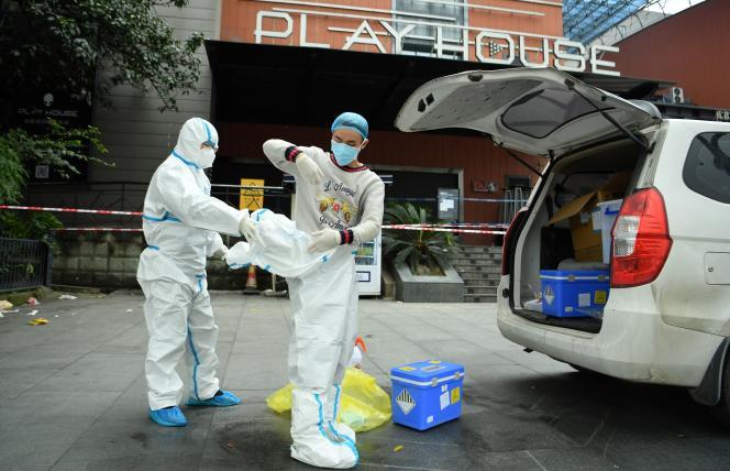 [Monde] Covid-19 : plus de 250 000 personnes testées en 24 heures en Chine après l'apparition d'un nouveau foyer épidémique