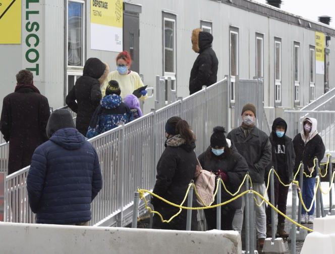Covid-19 dans le monde : le Québec annonce un reconfinement partiel jusqu'au 11 janvier