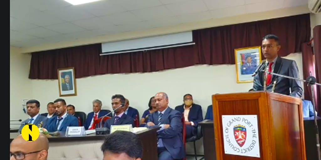 À Grand-Port : Ravi Jangi élu président du conseil de district