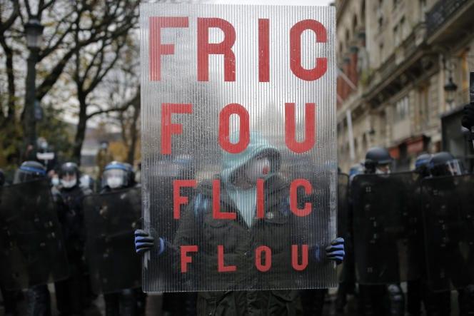 [France] Manifestations sous tension à Paris et dans le reste de la France contre la loi sécurité globale